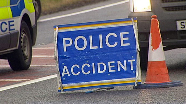 Police appeal for witnesses after early morning collision in Niddrie